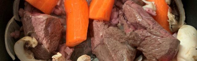 boeuf carottes oignons champignons